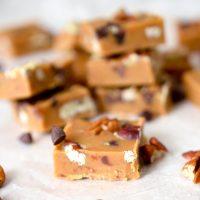 Peanutbutter & tahini fudge