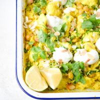 One tray cauliflower & chickpea curry